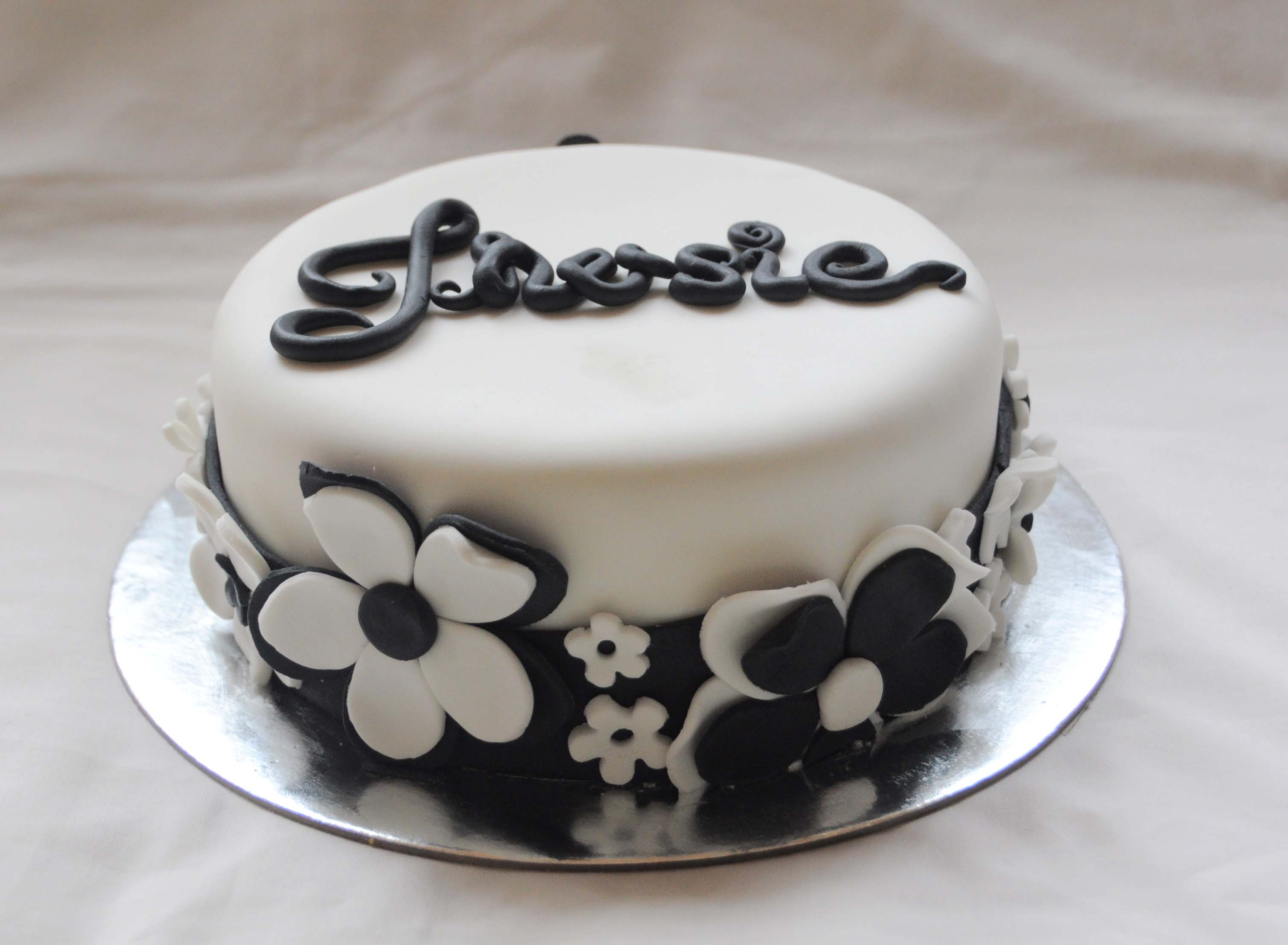 Black and white floral its a cake thing black and white floral mightylinksfo